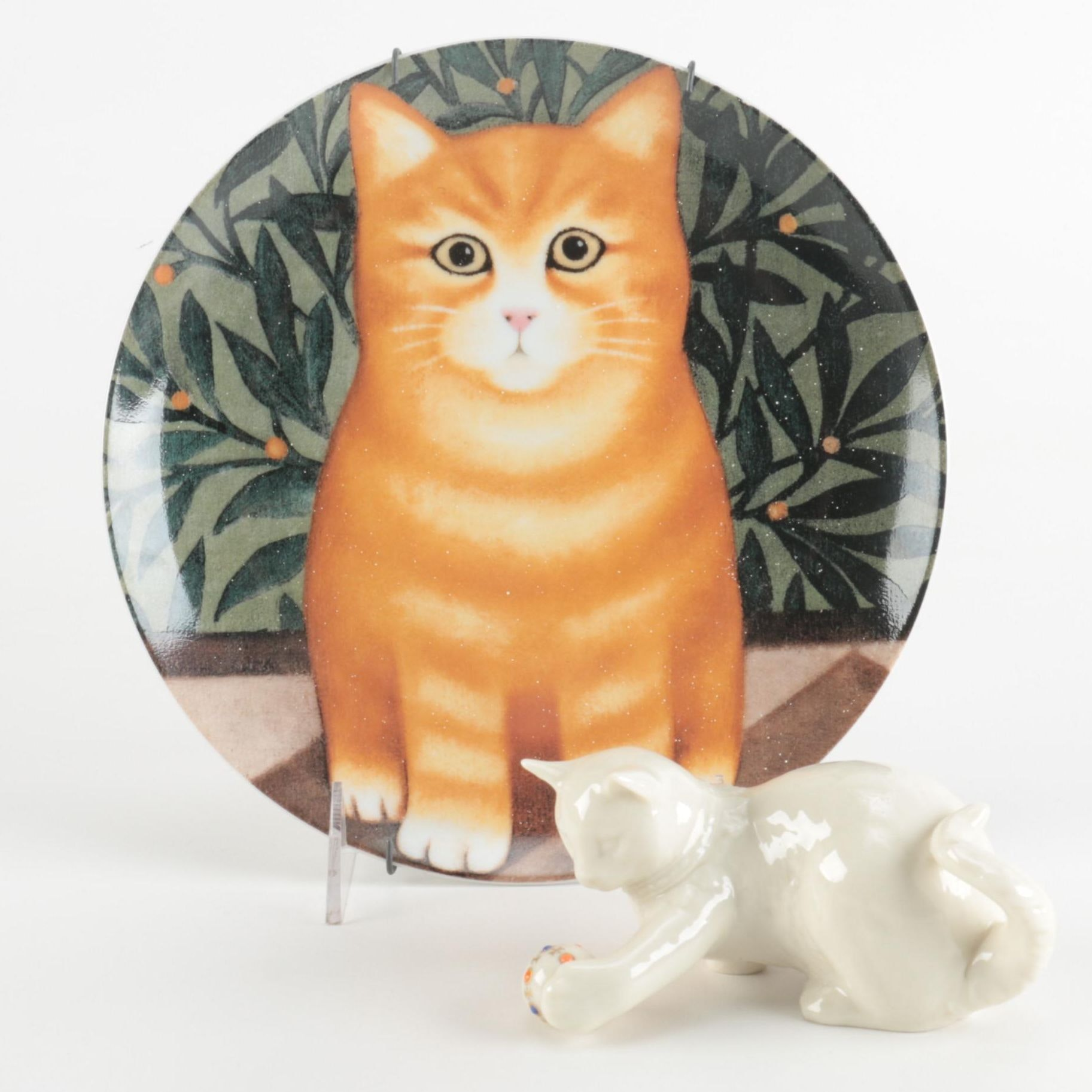 Cat Themed Decorative Plate and Figurine