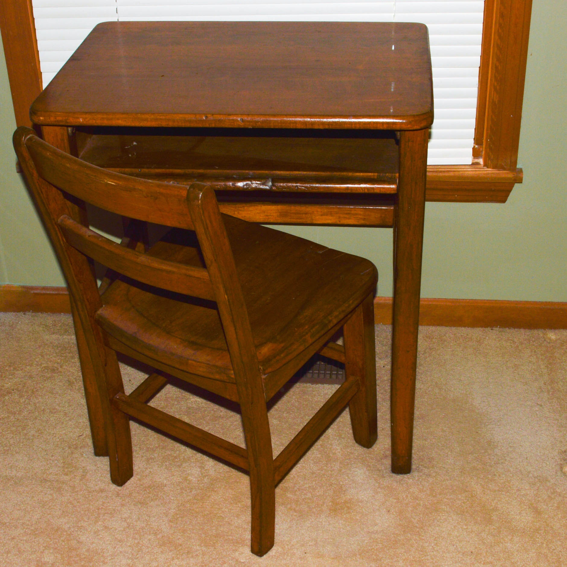 Vintage to Antique Student Desk and Chair