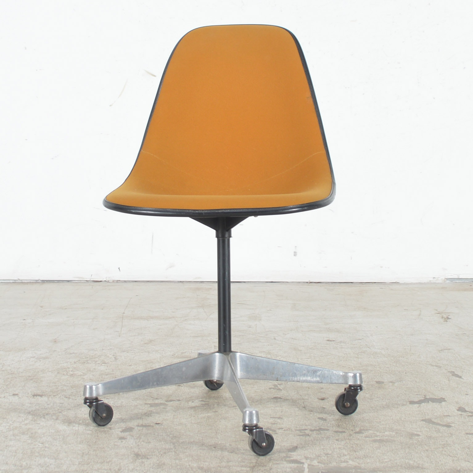 Vintage Shell Chair by Eames for Herman Miller