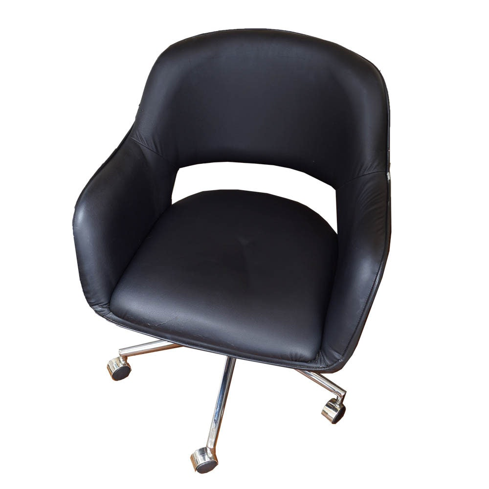 Mid Century Modern Style Rolling Chair