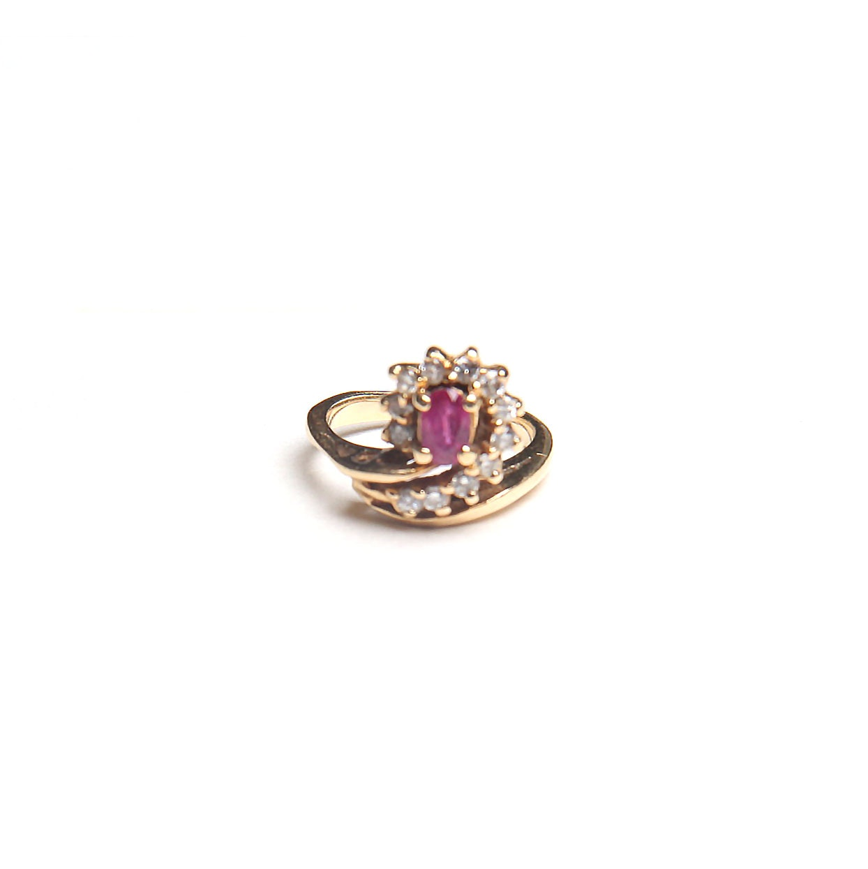 14K Gold Brilliant Ruby and Diamond Ring