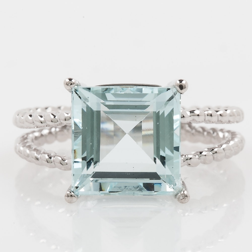 14K White Gold and Aquamarine Double Row Ring