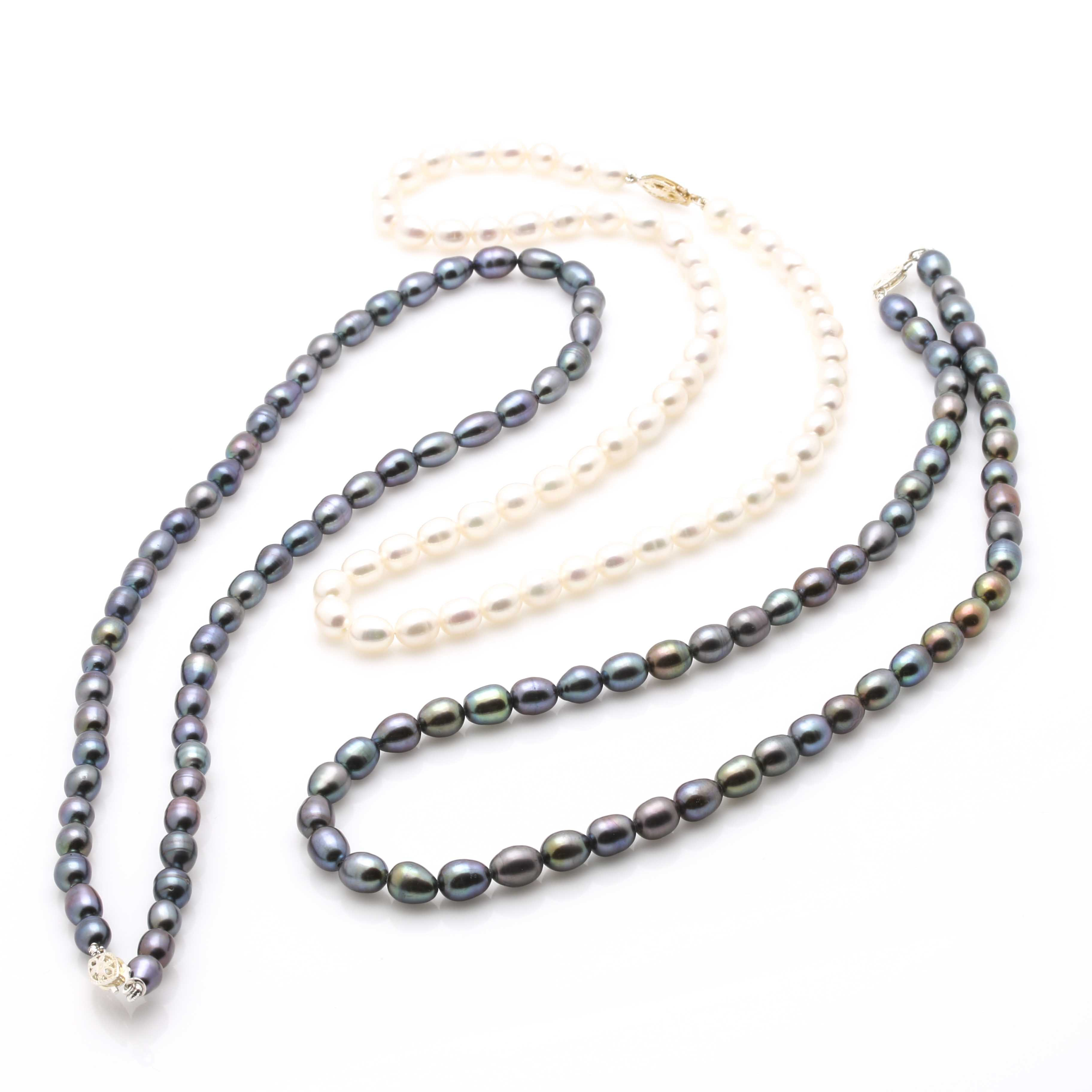 Freshwater Cultured Pearl Necklaces