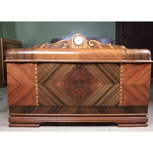 Art Deco Lane Waterfall Cedar Chest With Windsor Clock