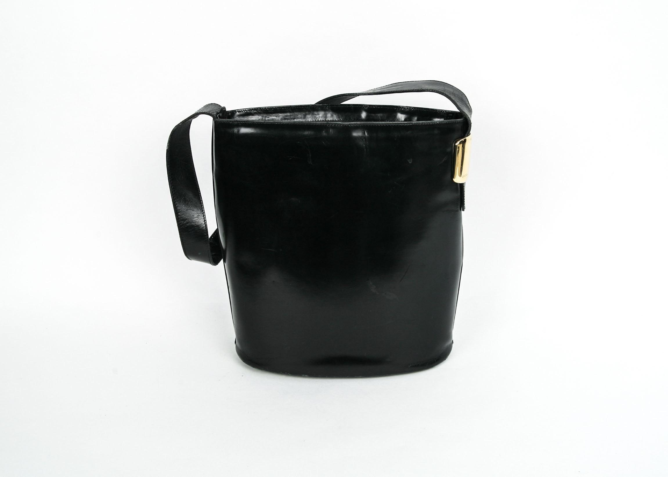 Vintage Gucci Black Leather Bucket Style Handbag