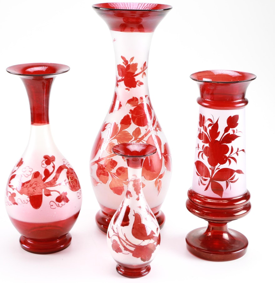 Cut to clear floral glass vases ebth for Jardin glass vases 7 in