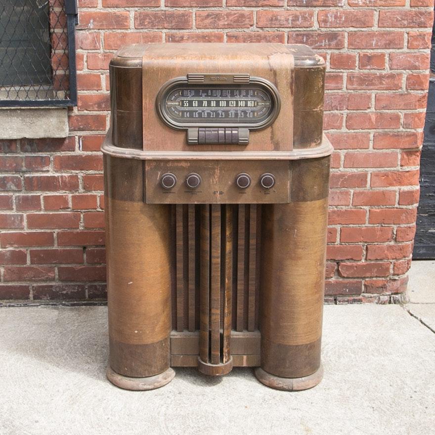 Vintage RCA Victor Radio Cabinet