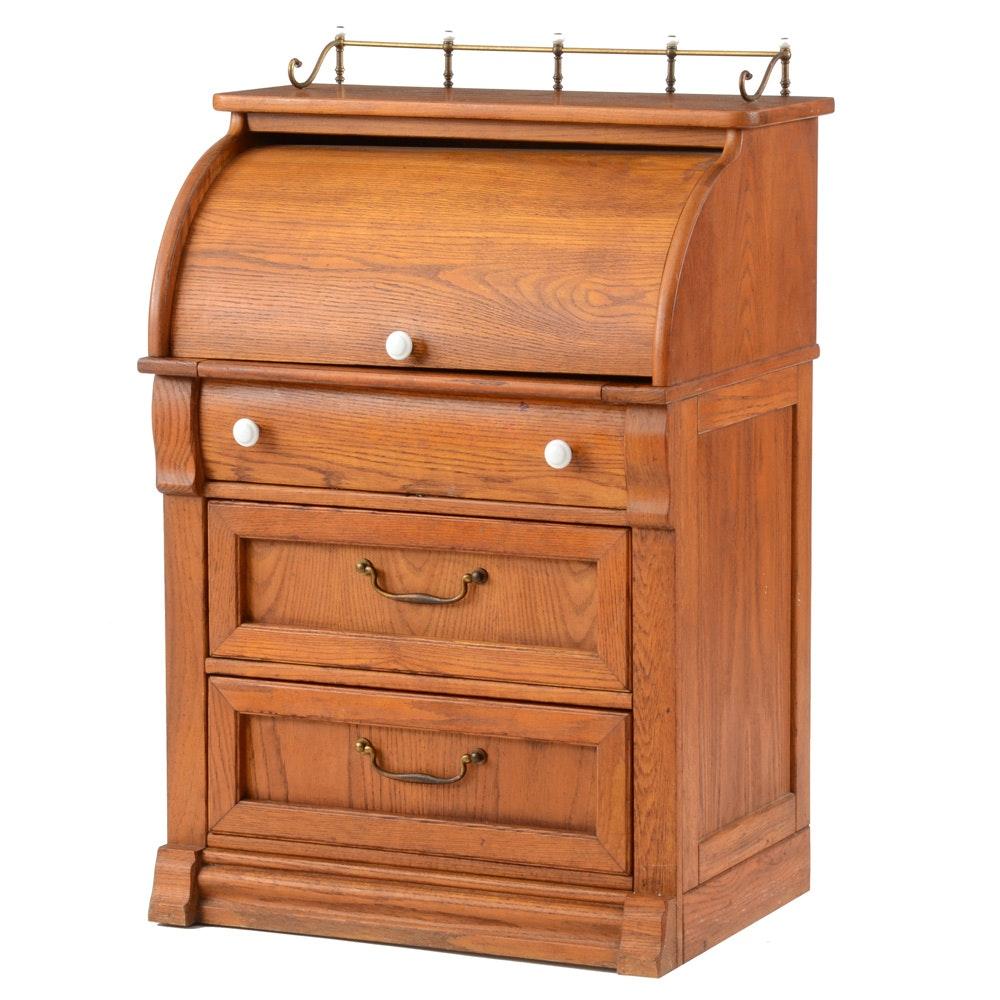 Pulaski Keepsakes Oak Cylinder Roll Top Desk Ebth