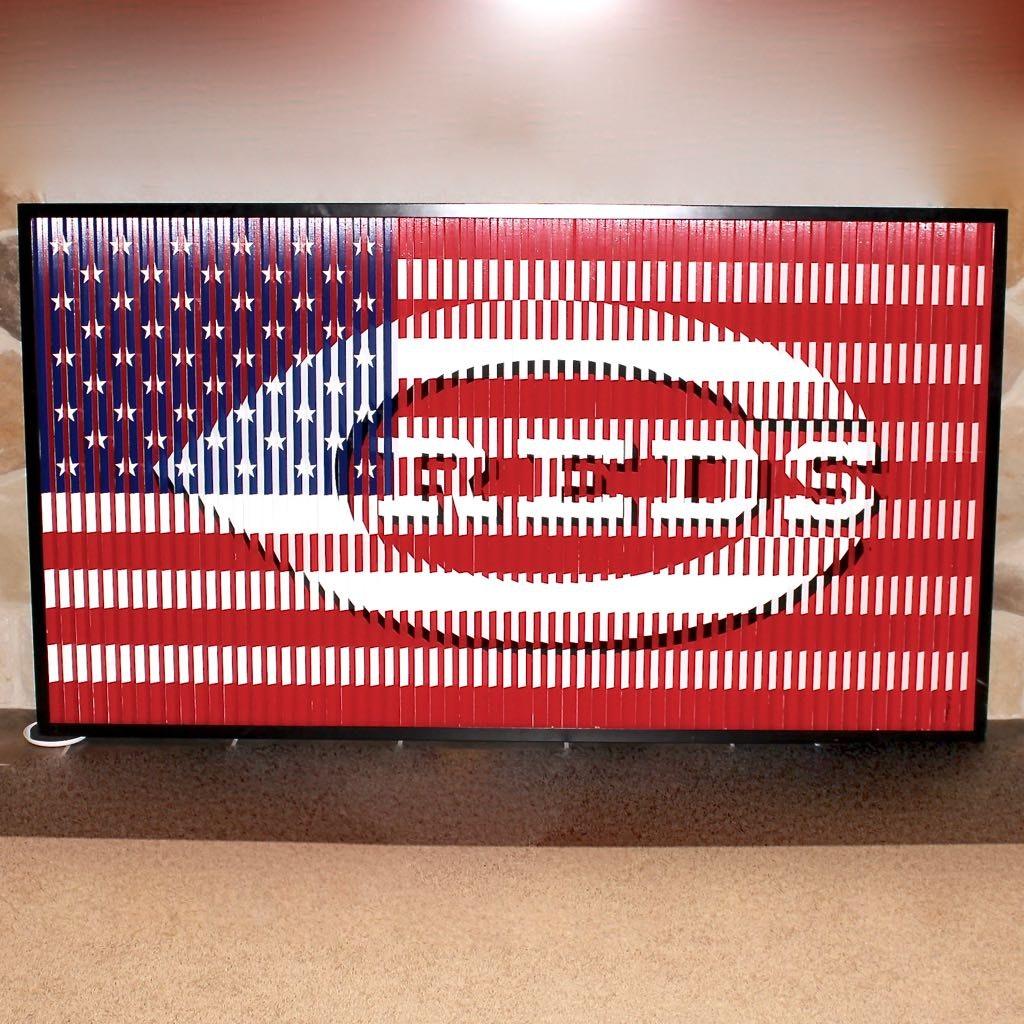 Cincinnati Reds & American Flag Metal Wall Hanging