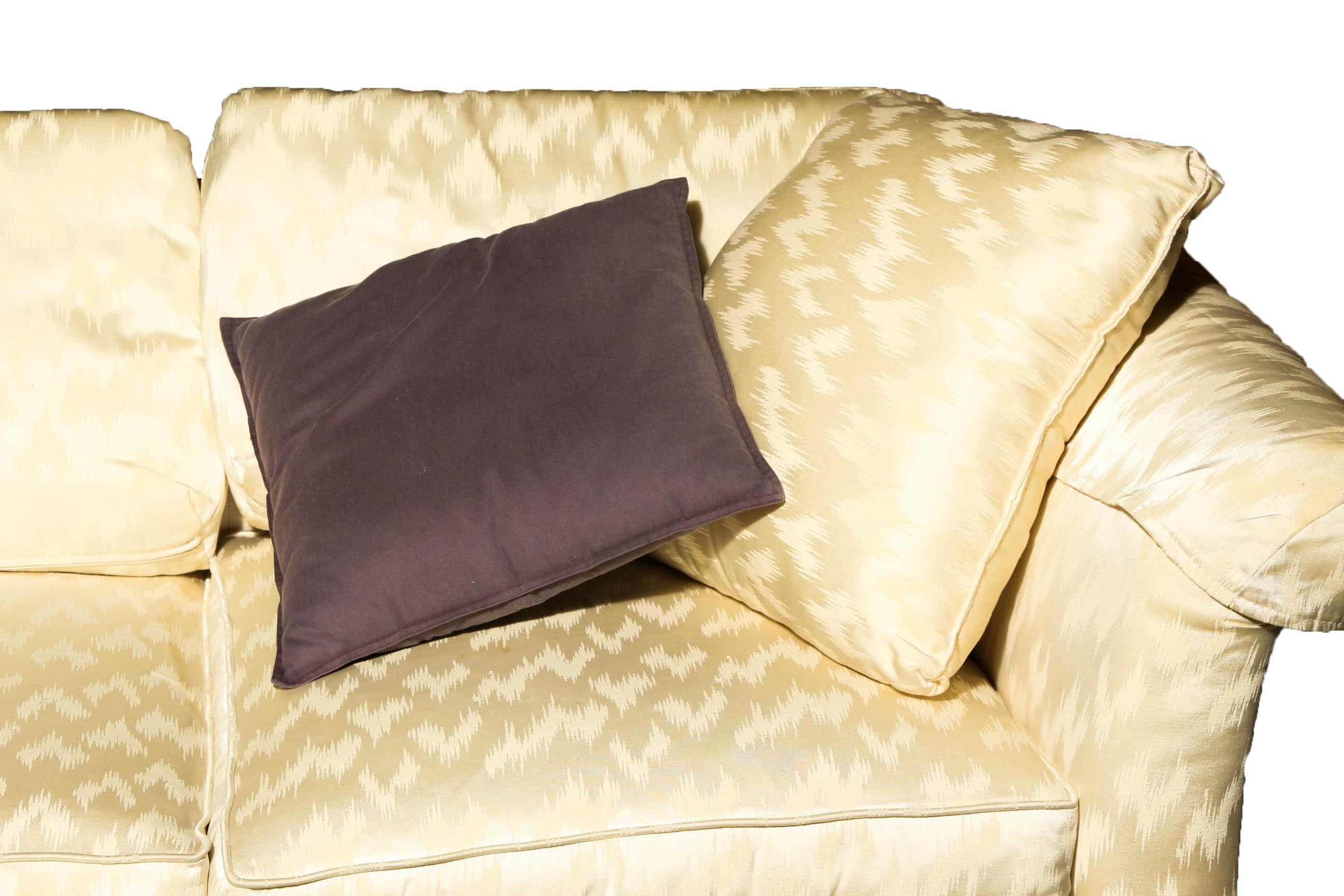 Vintage Sofa With Accent Pillows EBTH : IMG017020copyjpgixlibrb 11 from www.ebth.com size 1400 x 933 jpeg 202kB