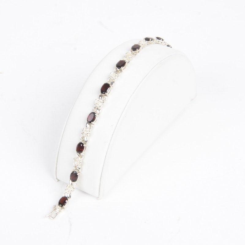 Sterling Silver Bracelet With Garnets