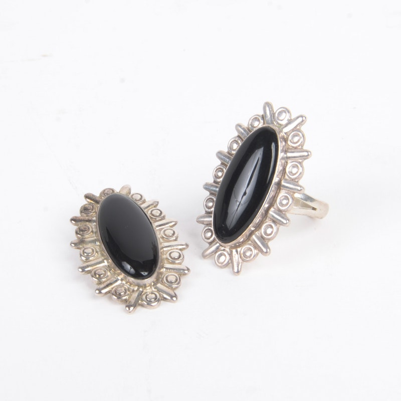 Sterling Silver Onyx Stone Ring and Pendant Demi Parure