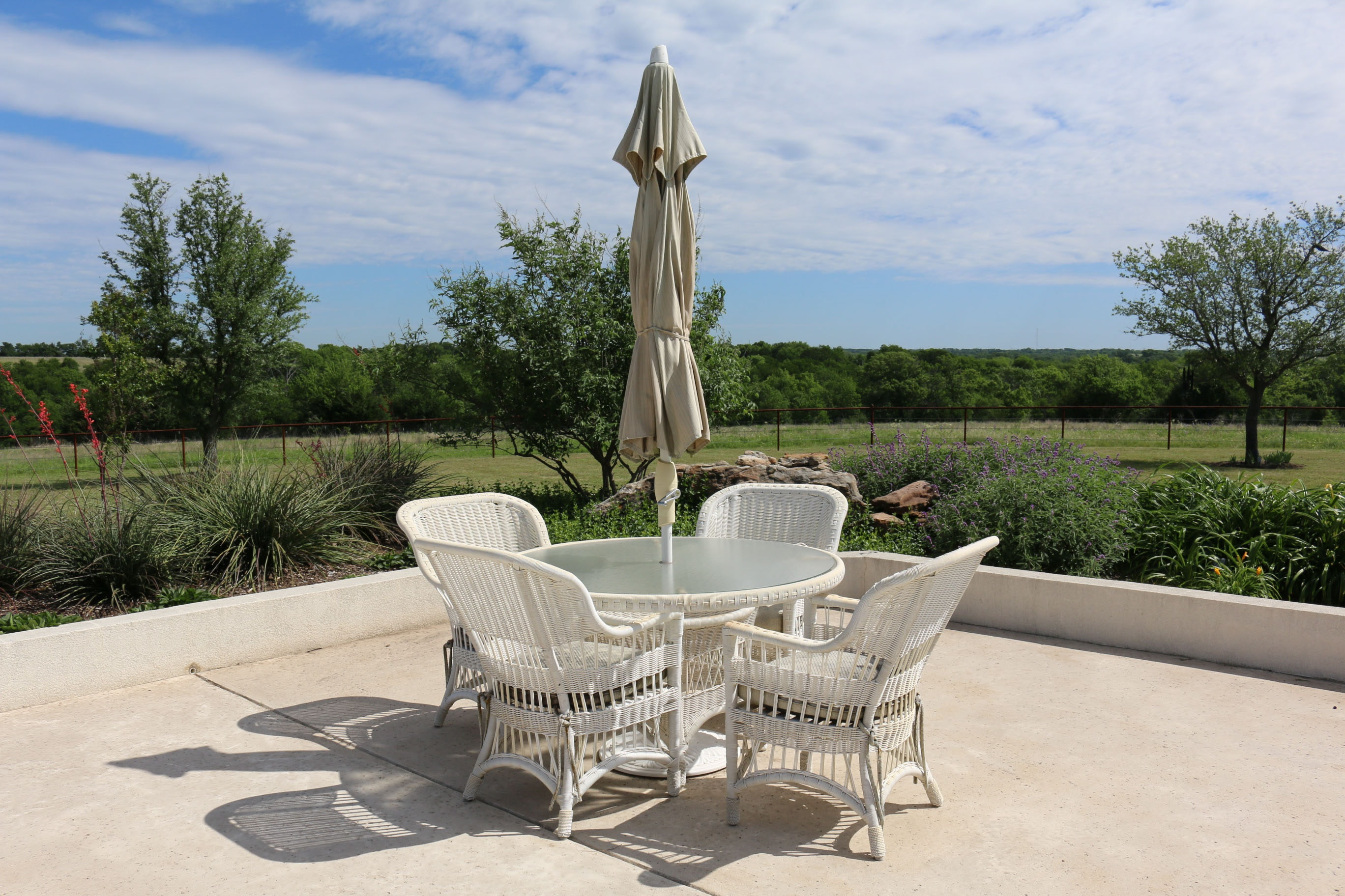 Faux-Wicker Patio Dining Furniture