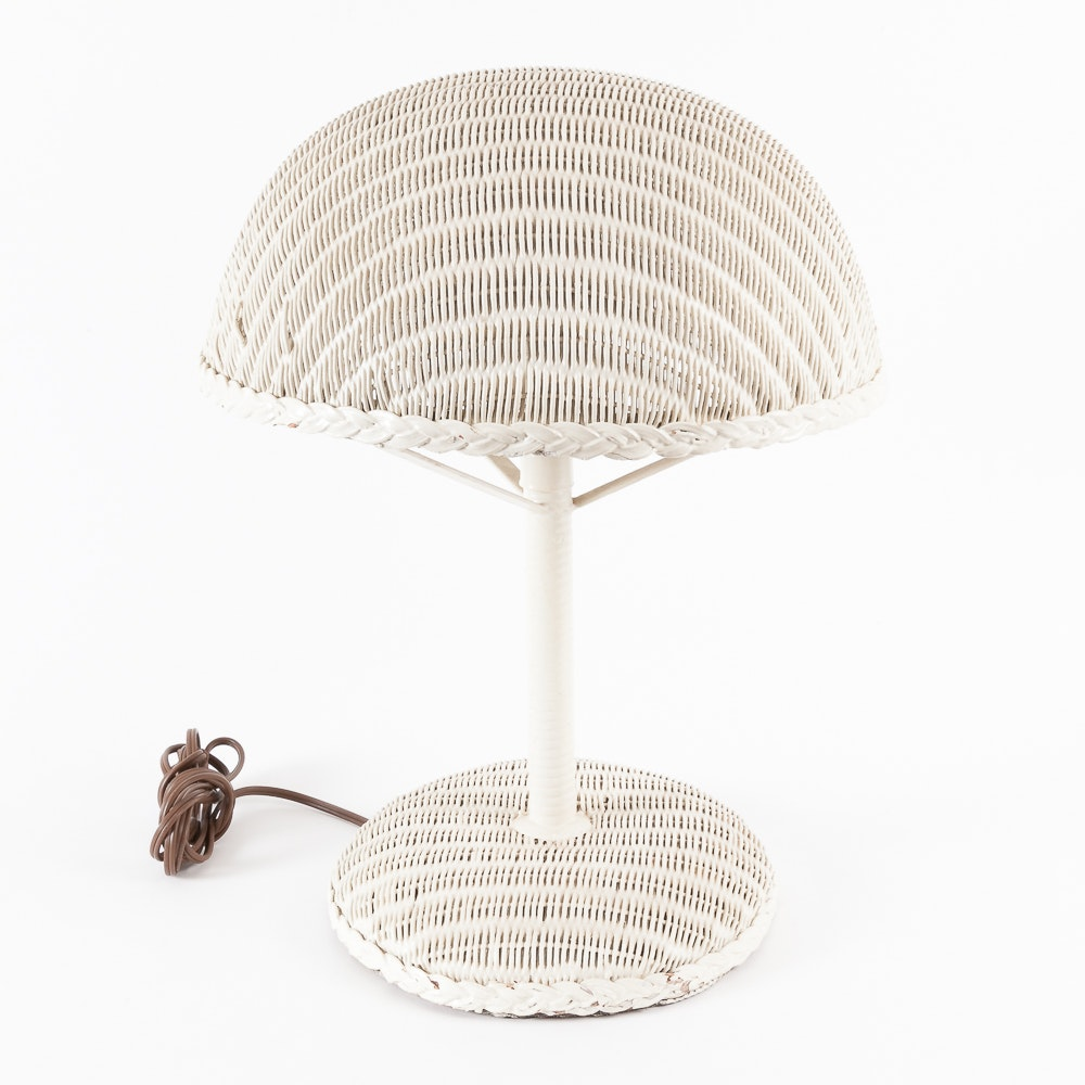 Vintage Lloyd Flanders White Wicker Table Lamp