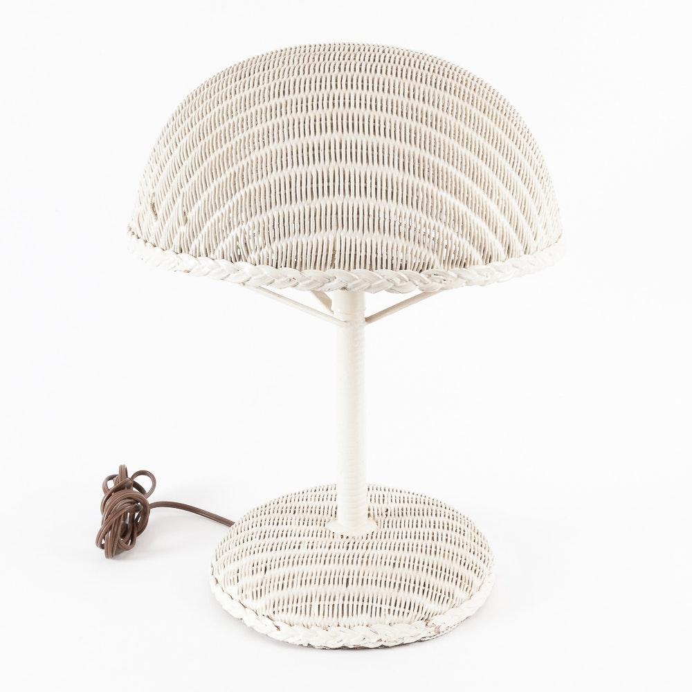 Vintage Lloyd Flanders White Wicker Table Lamp Ebth