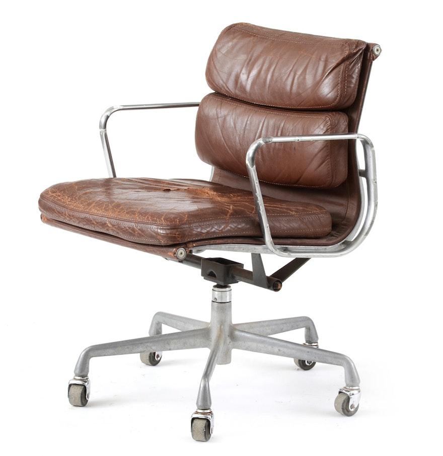 Vintage eames chair - Vintage Eames For Herman Miller Aluminum Group Desk Chair
