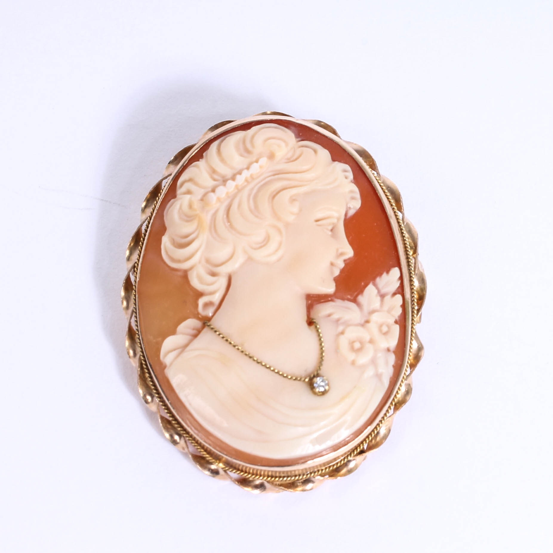 14K Yellow Gold Cameo and Diamond en Habille Brooch Pendant