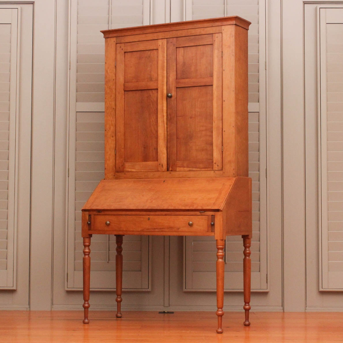 Antique Country Sheraton Style Secretary Bookcase in Cherry