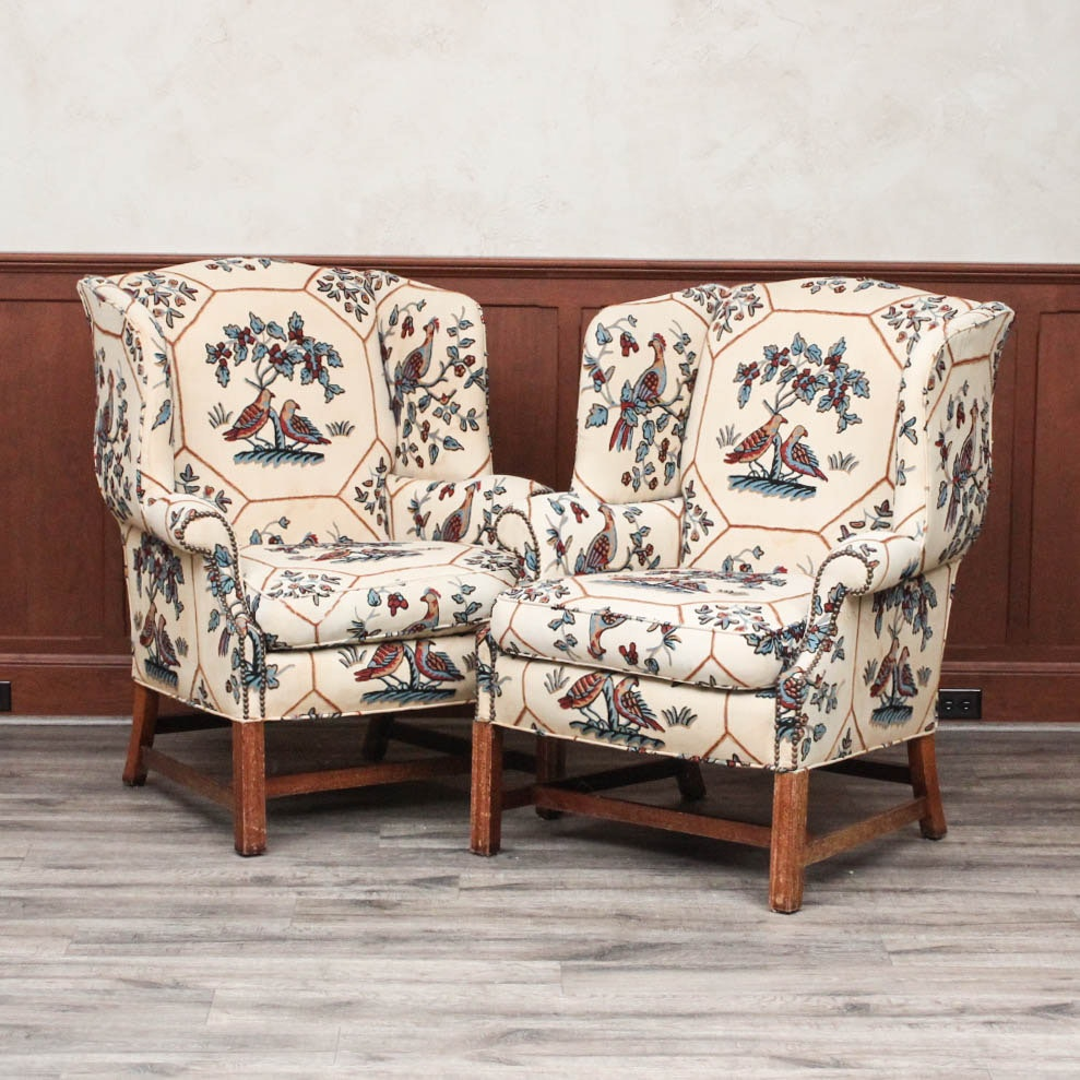 Pair of Crewel Fabric Upholstered Wing Back Chairs ... & Pair of Crewel Fabric Upholstered Wing Back Chairs : EBTH