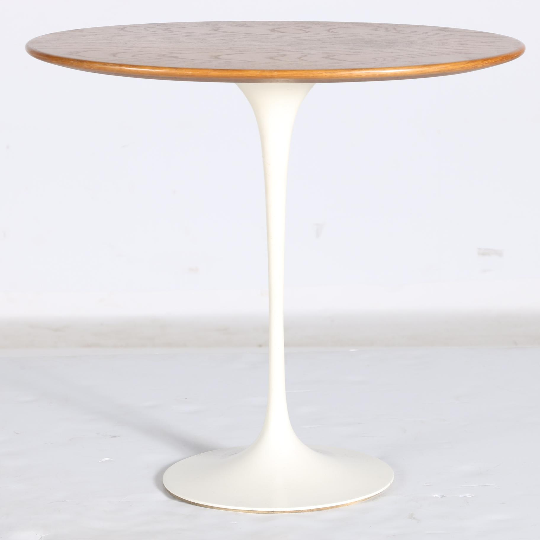 Mid Century Modern Tulip Side Table Designed by Eero Saarinen for Knoll