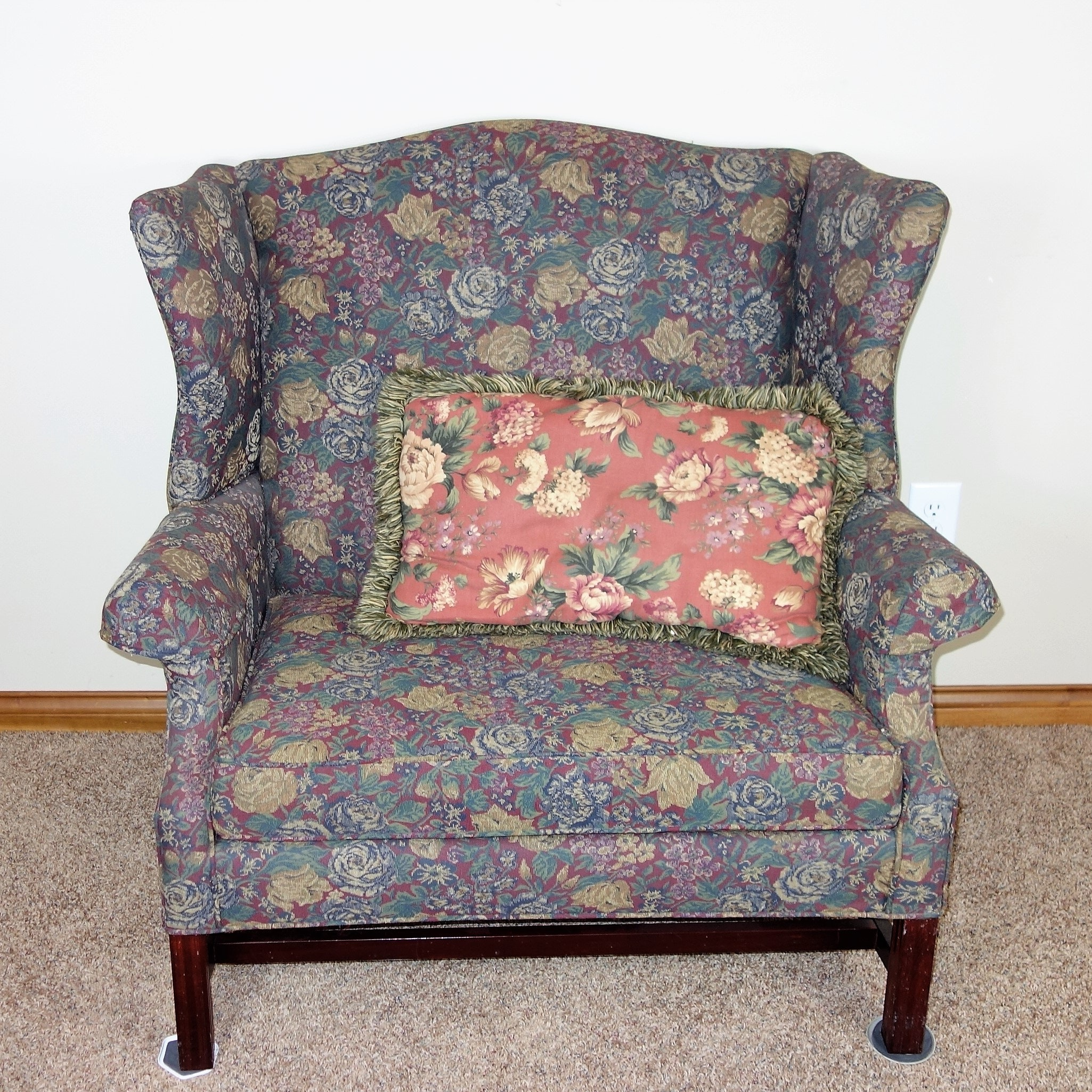 Dunroven House Floral Oversized Chair ...