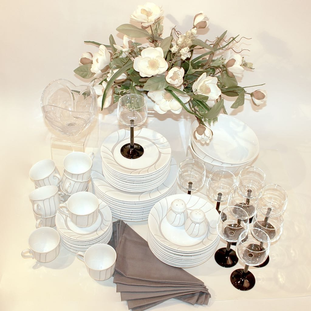 "Mikasa ""Fleetwood"" Dinnerware with Table Setting Accompaniments"