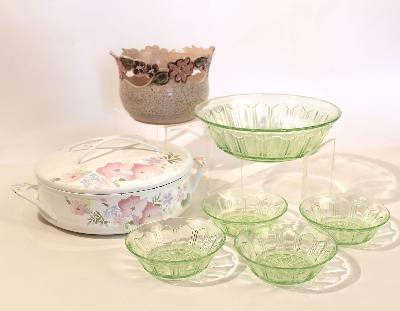 Vintage Mid Century Servingware in Pink & Green