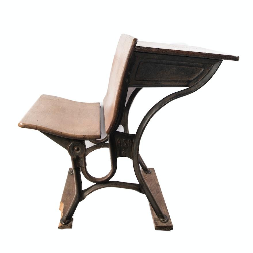 Antique American Seating Company #2 School Desk ... - Antique American Seating Company #2 School Desk : EBTH