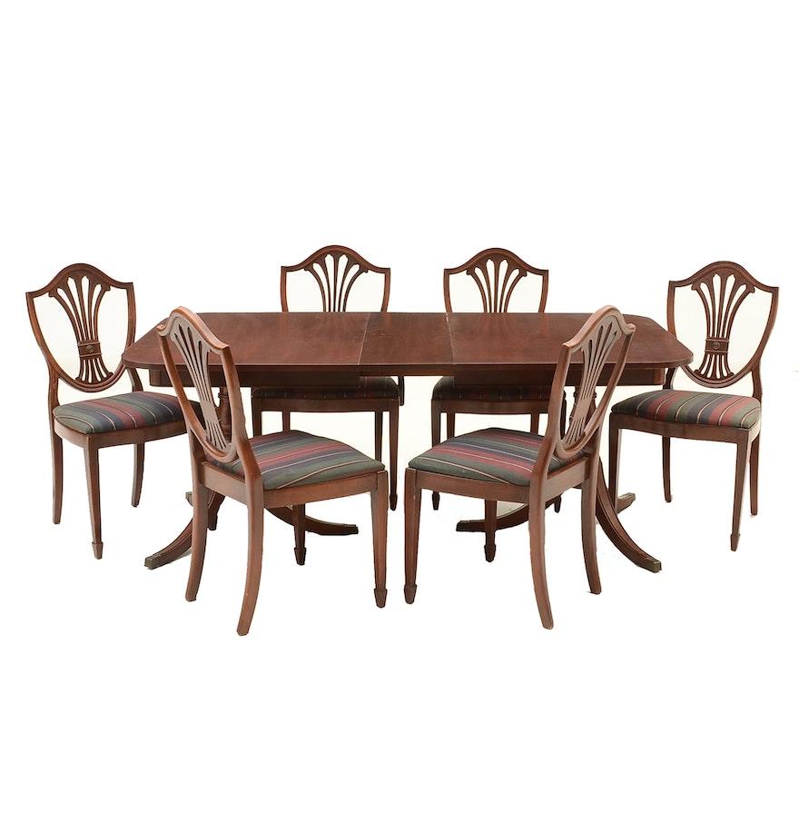 Regina Mahogany Traditional Dining Set: Vintage Hepplewhite Style Mahogany Dining Set : EBTH