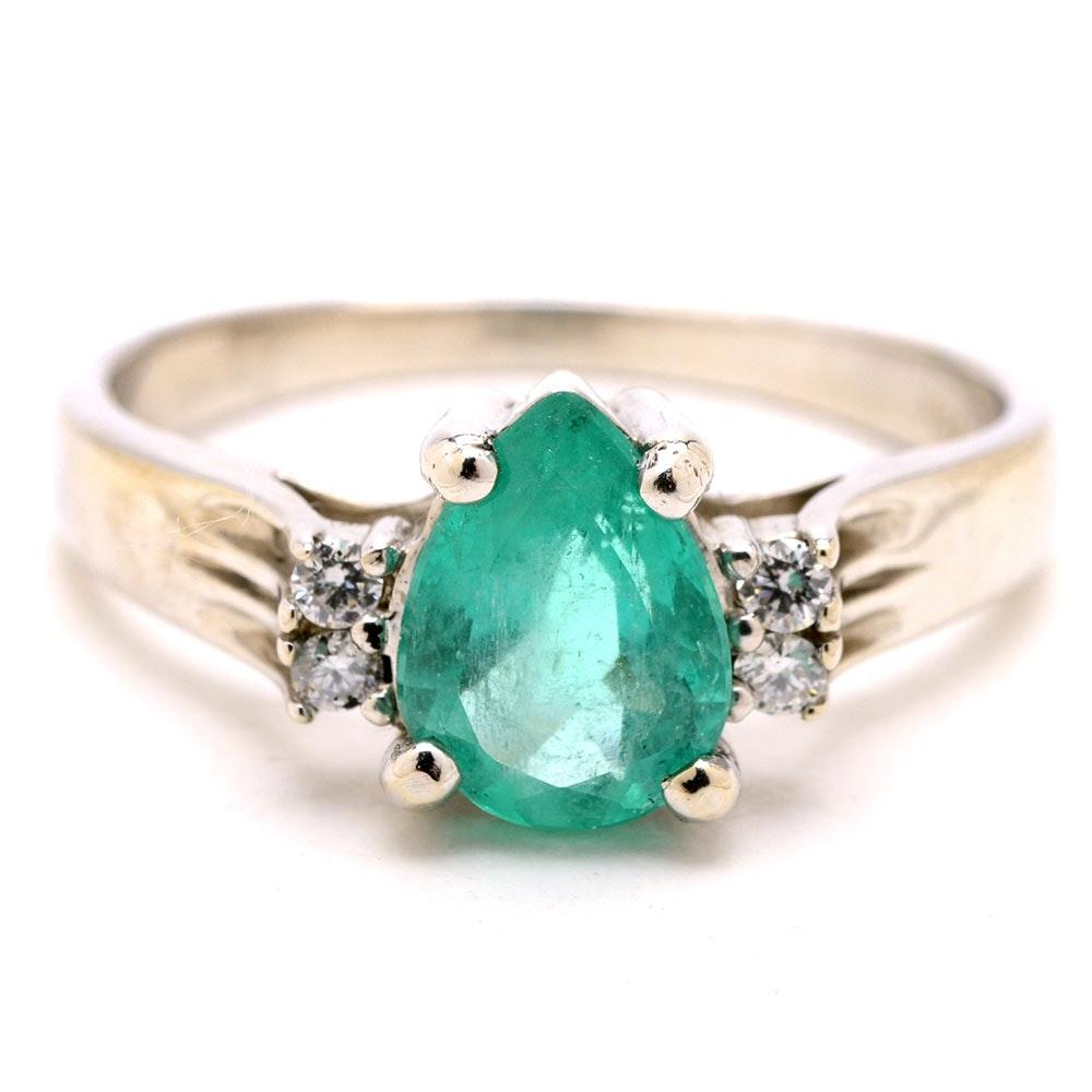 14K White Gold Natural Emerald Diamond Ring