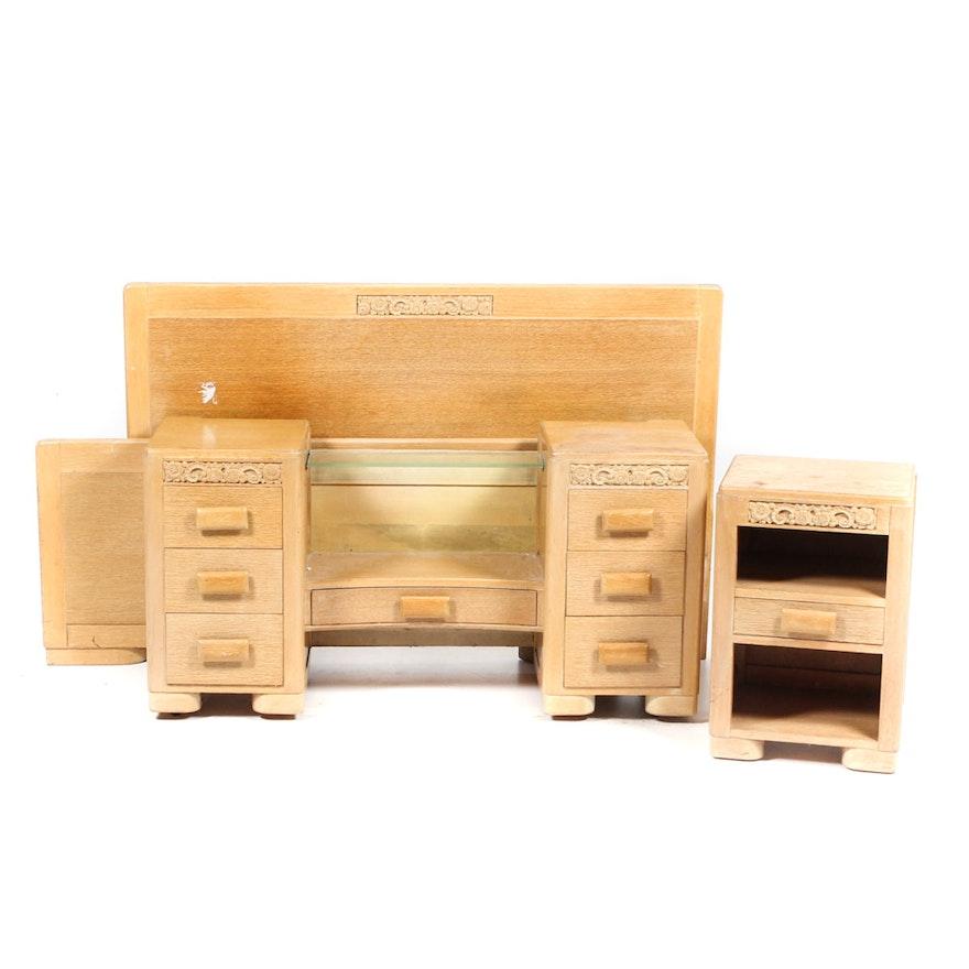 Vintage blonde wood bedroom set ebth for Blonde bedroom furniture