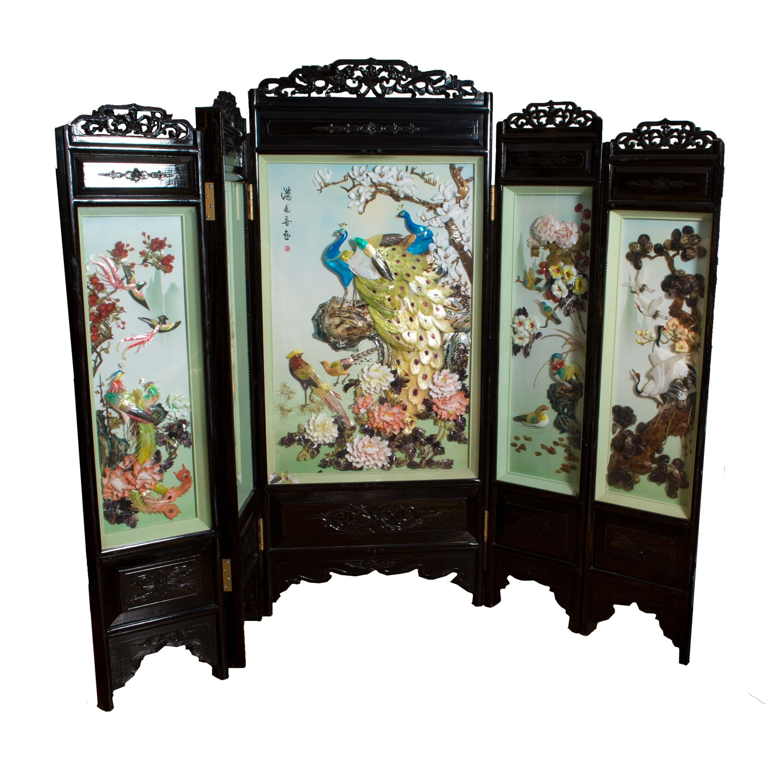 Carved Chinese Pictorial Shell Screen