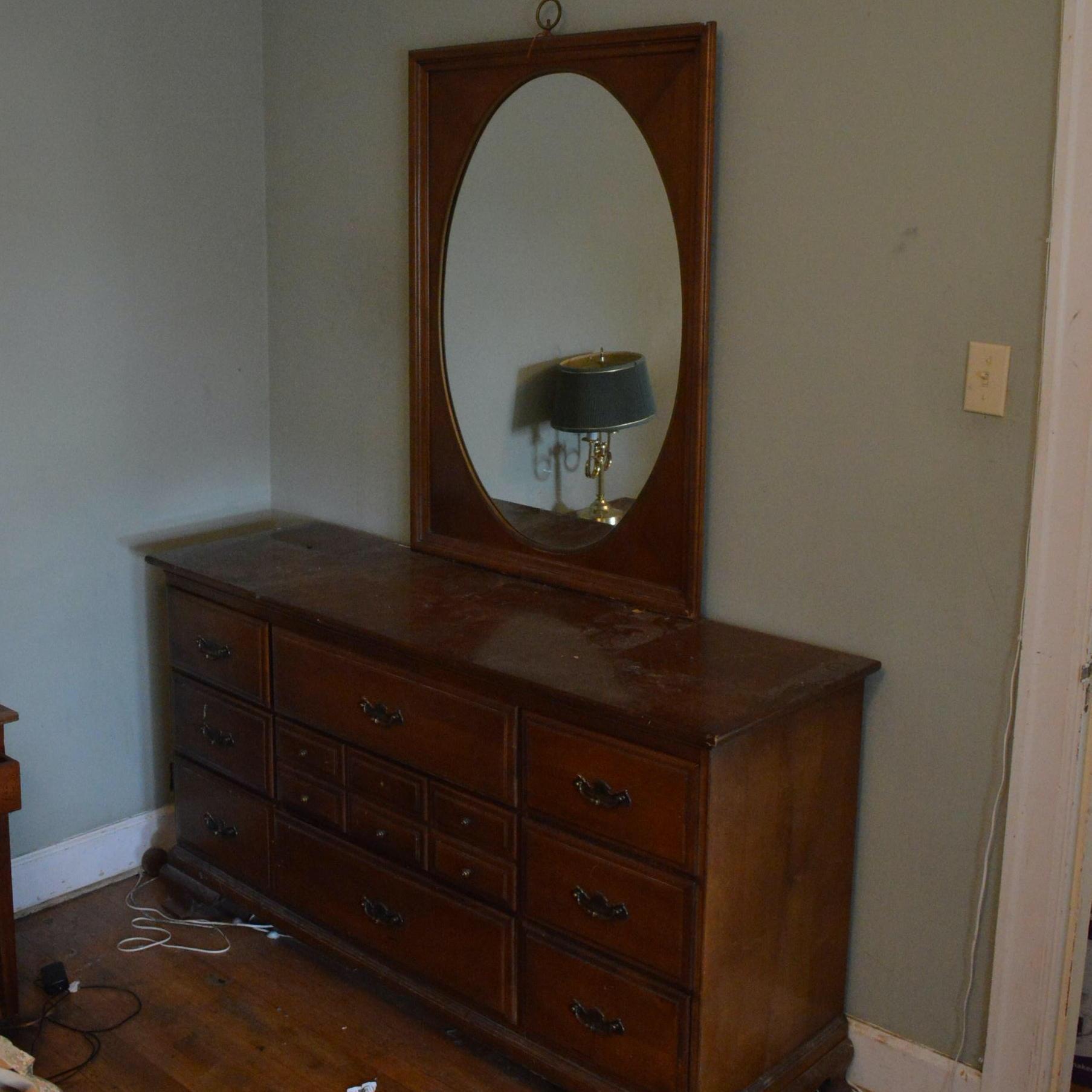 Kenlea Furniture Maple Dresser