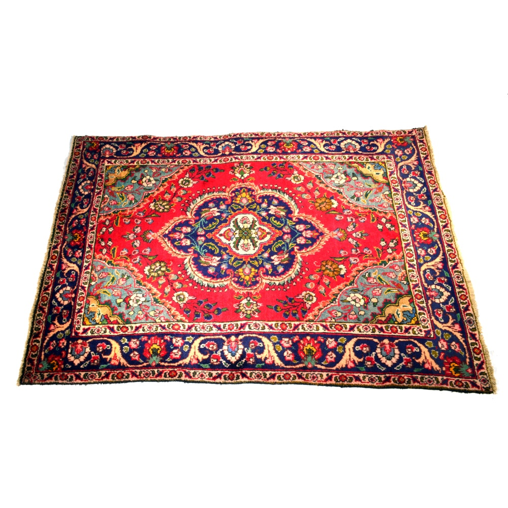 Early 20th Century Hand-Knotted Persian Bakhtiari Area Rug