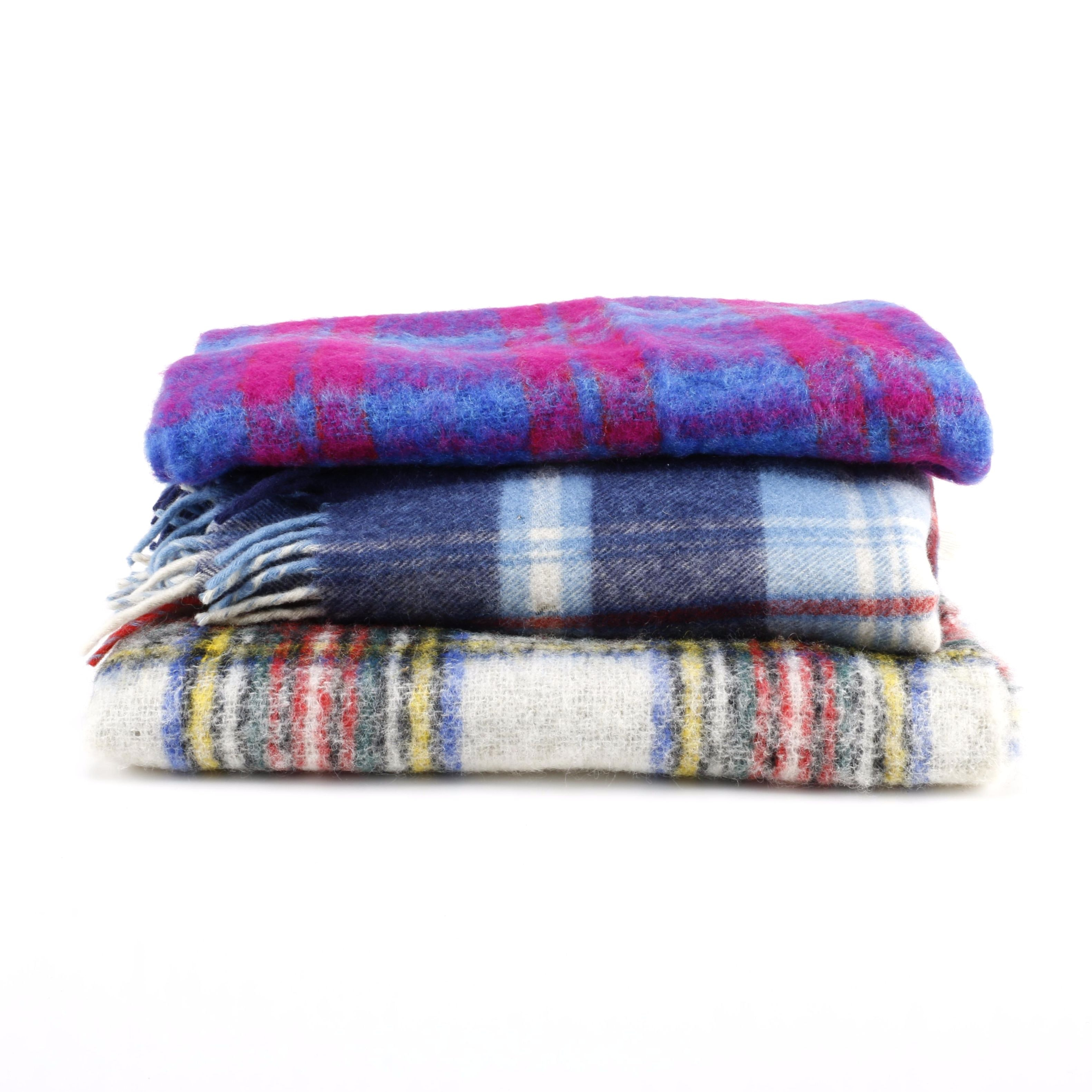 Vintage Irish and Scottish Wool Blankets from Glendevon, Troy Robe and Donegal Design