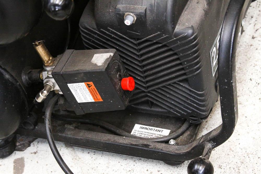 W & W Auto Sales >> Hitachi 2.5 HP Air Compressor : EBTH