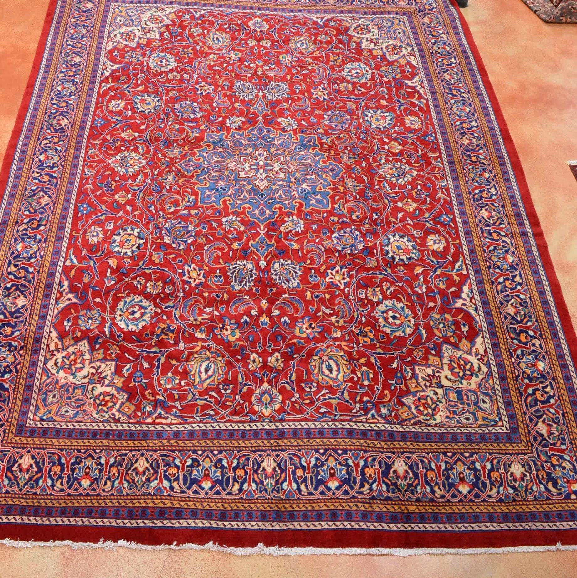 Hand Knotted Kashan Area Rug