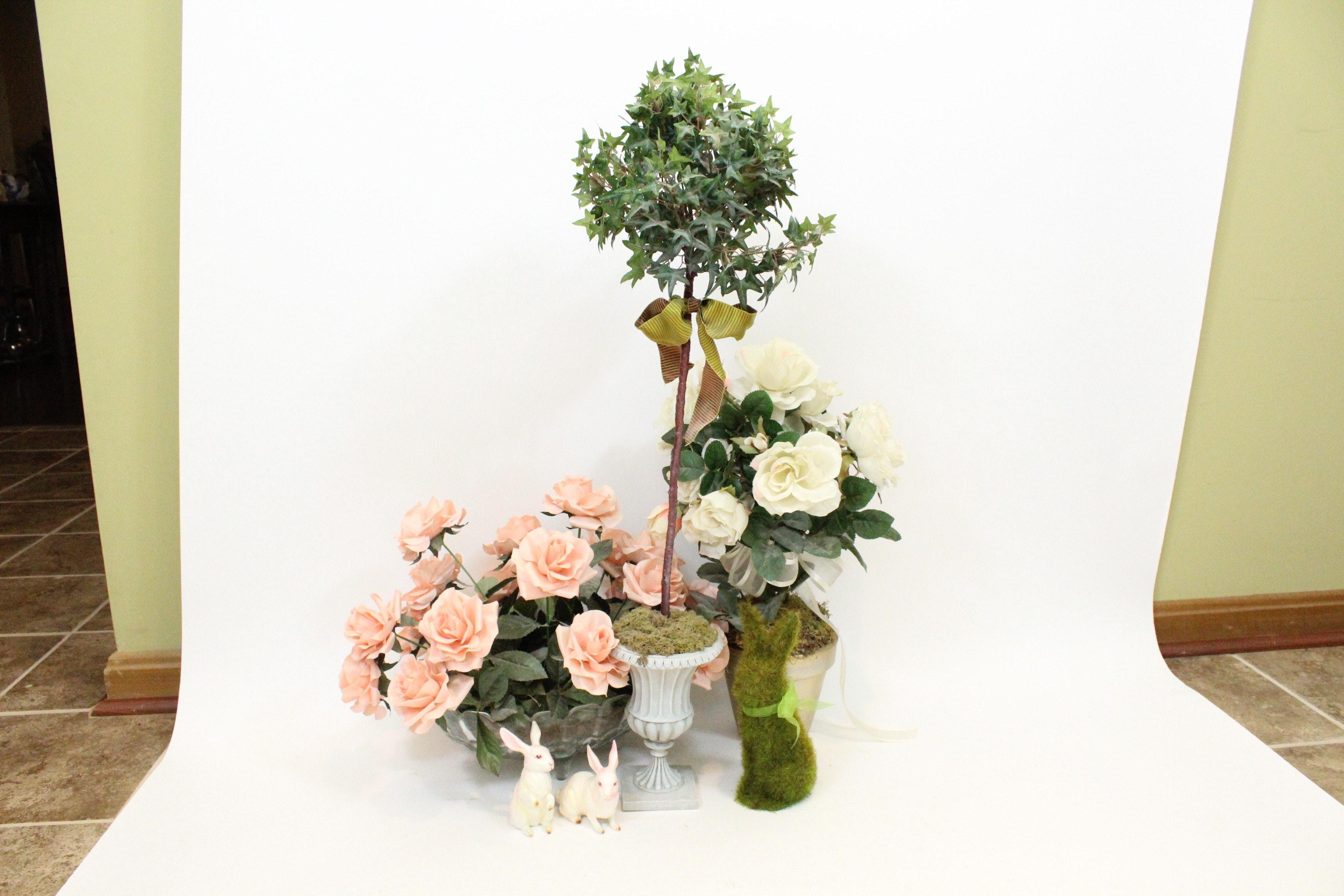 Floral And Bunny Garden Decor ...