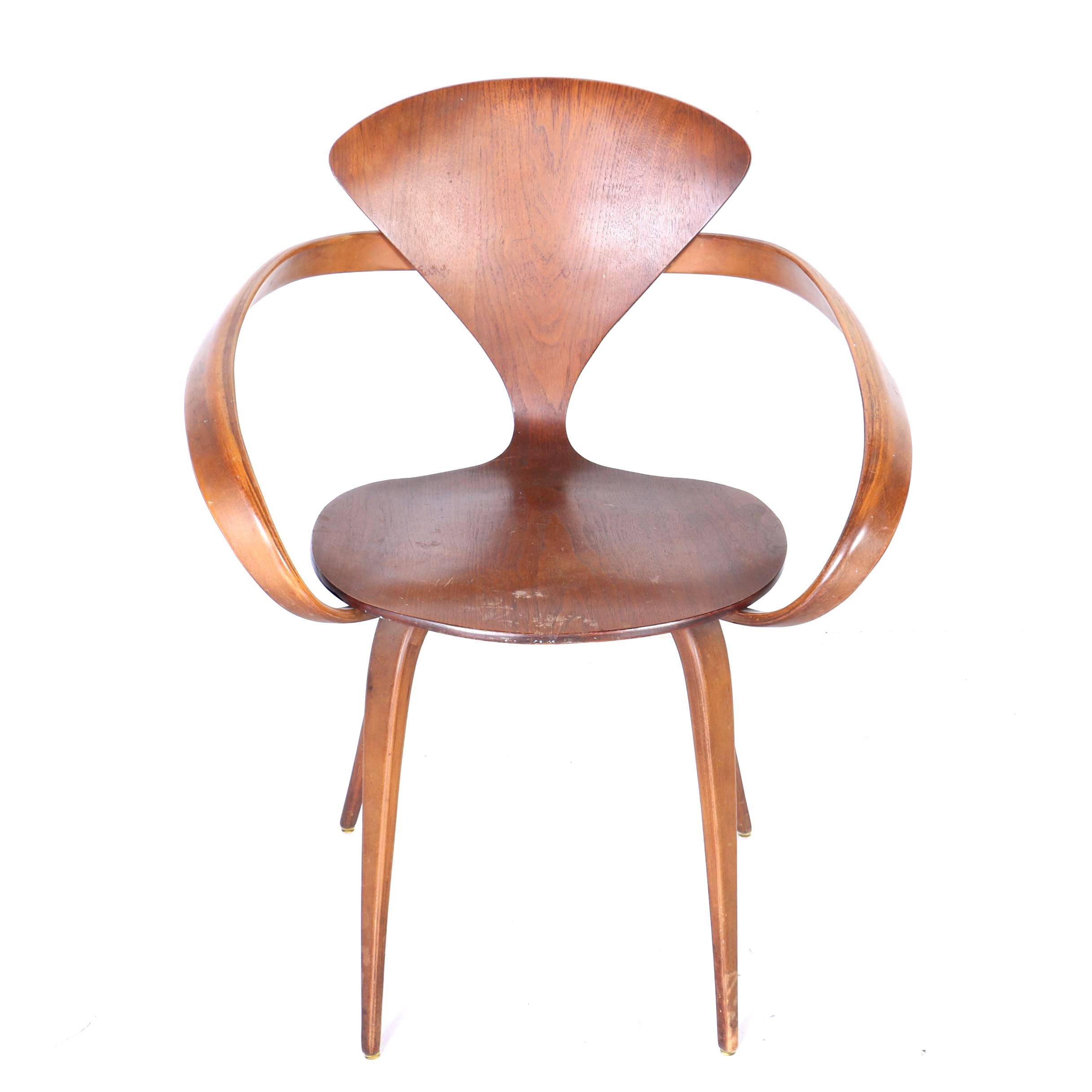 Mid Century Modern Walnut Chair by Plycraft