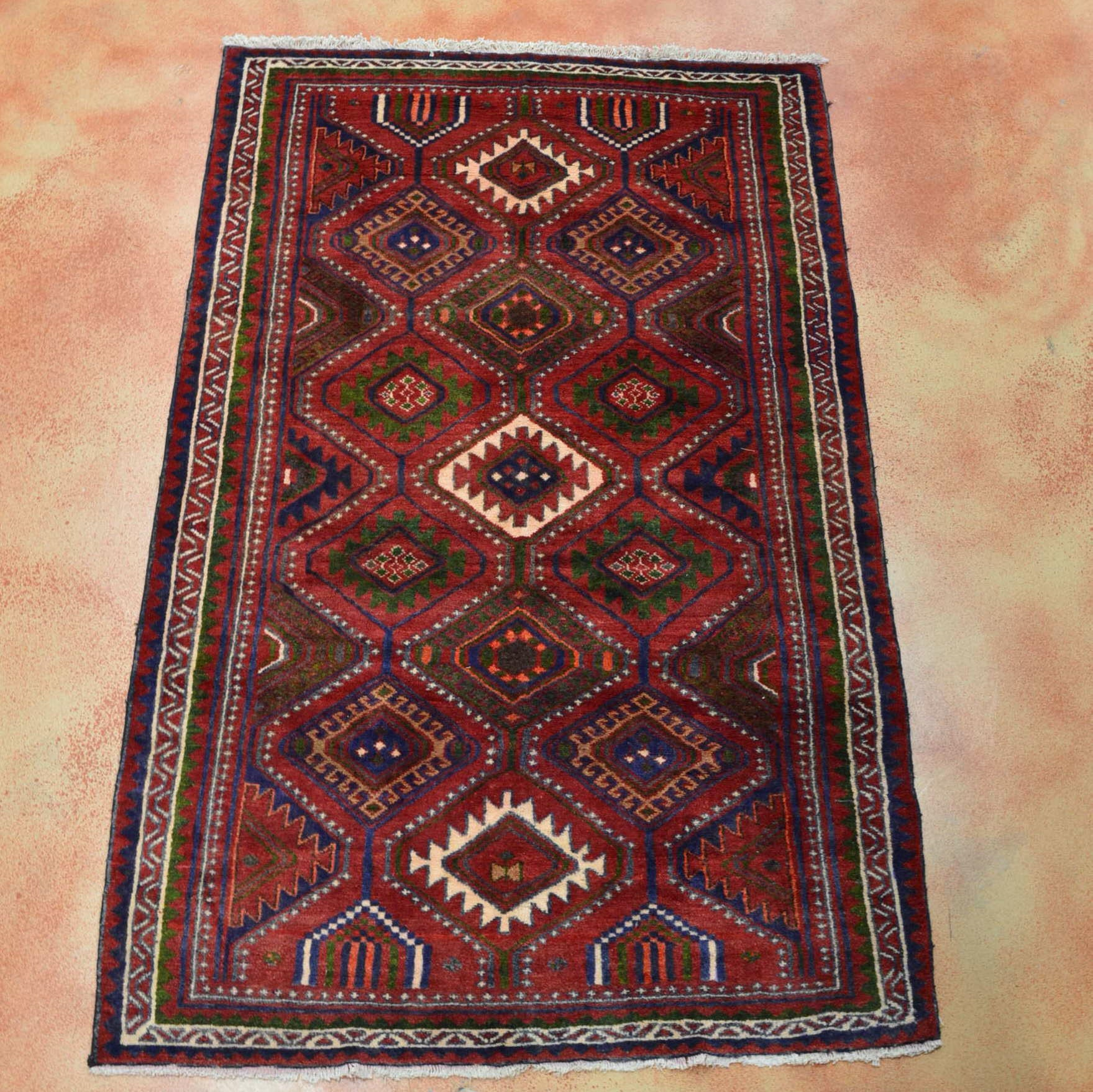 Hand Knotted Shiraz Area Rug