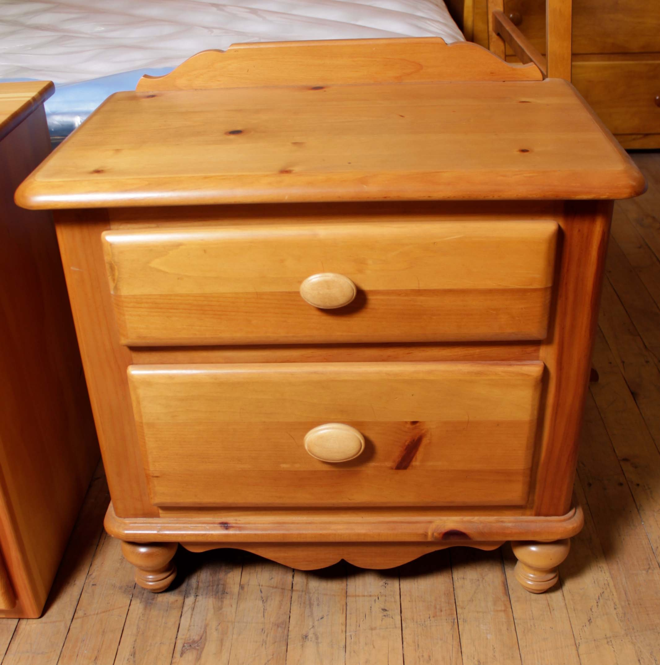 Country Style Pine Nightstand