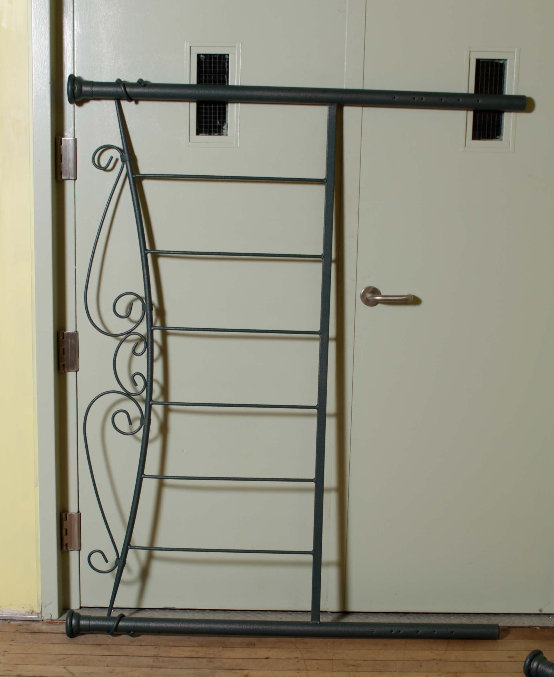 Queen Size Scrolled Metal Headboard and Footboard