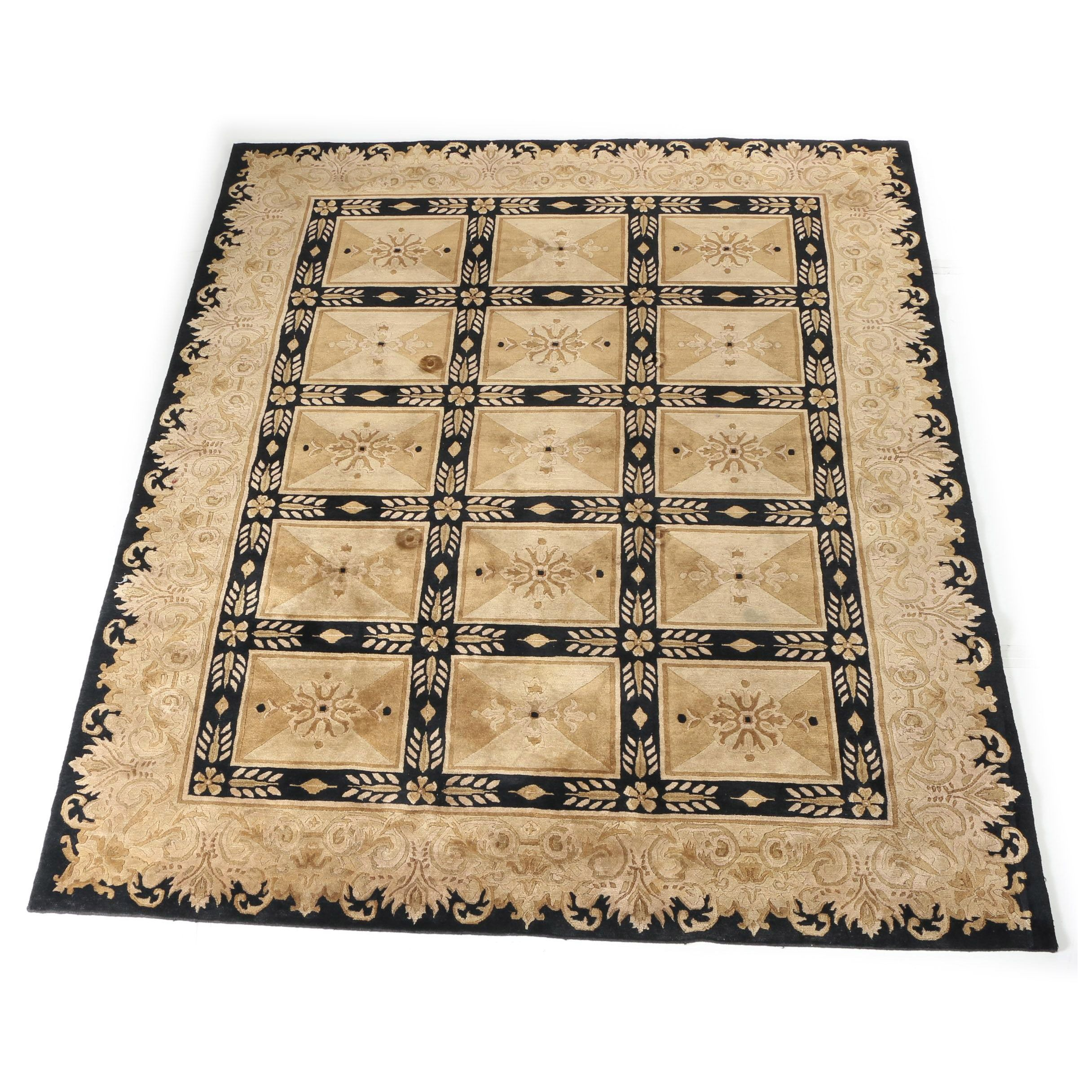 Power-Loomed Neoclassical Carved Wool Area Rug