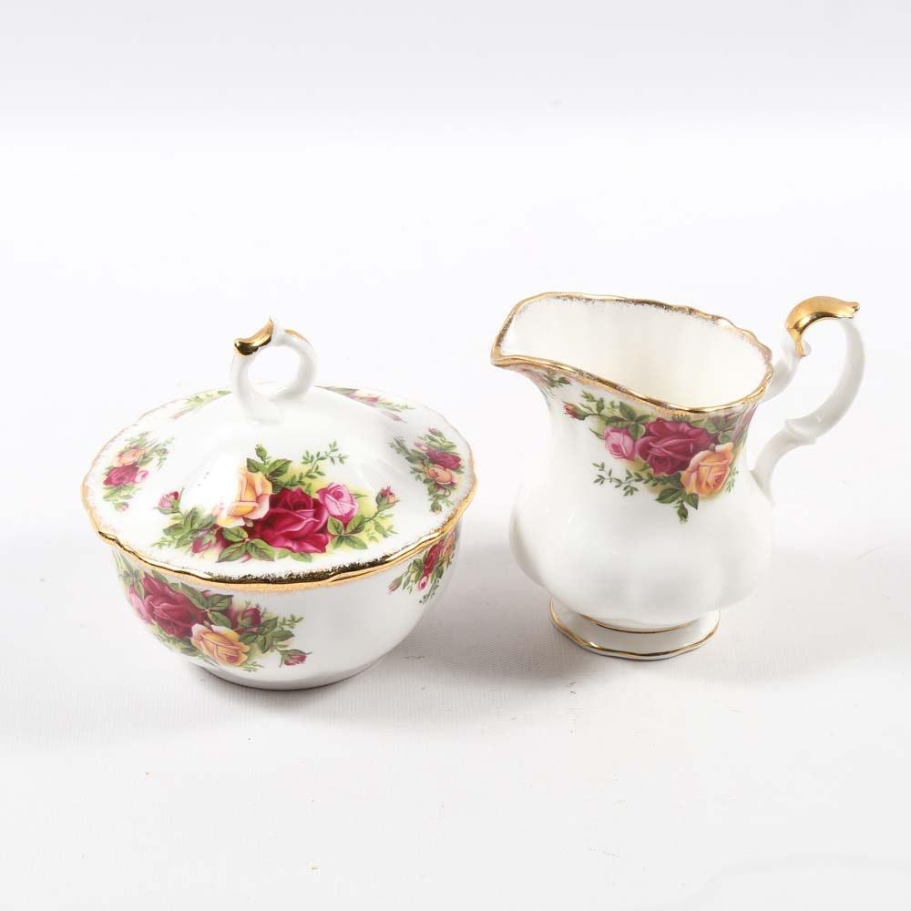 royal albert old country roses tea service set ebth. Black Bedroom Furniture Sets. Home Design Ideas