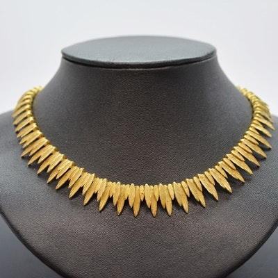 18K Yellow Gold Leaf Design Necklace