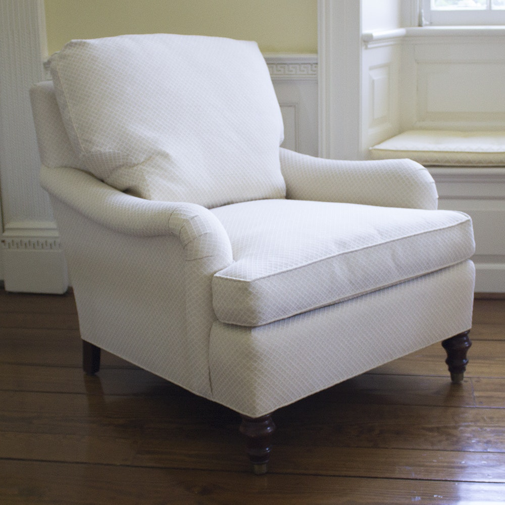 Elegant TRS Furniture Cream And White Diamond Patterned Armchair ...