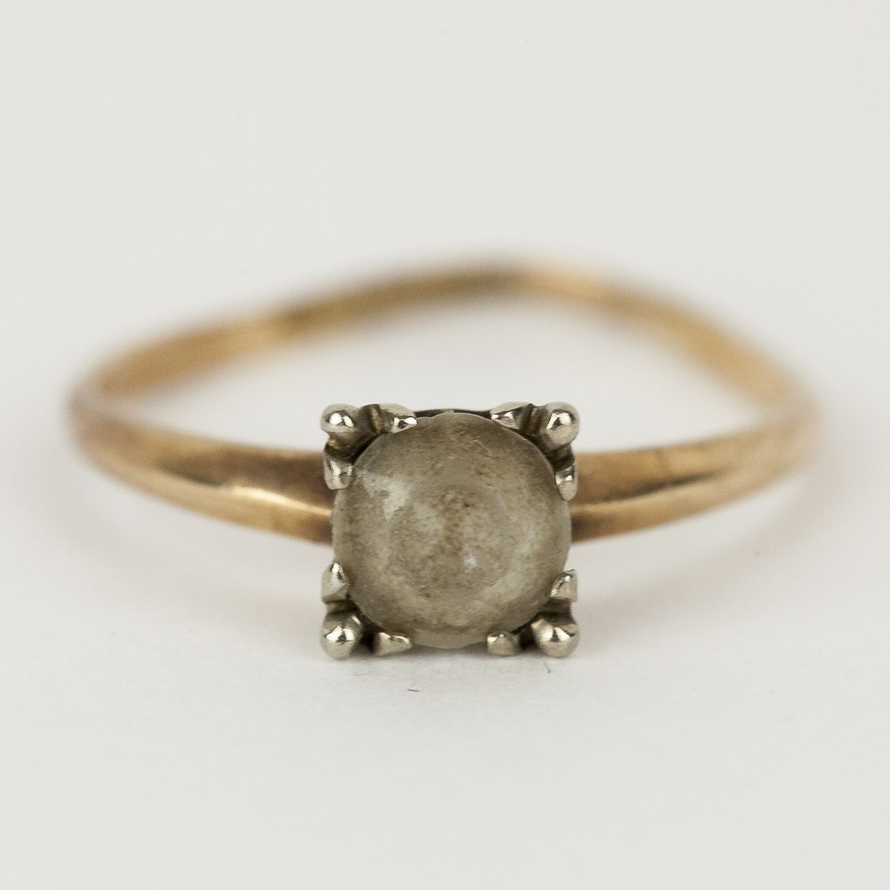 14K Yellow Gold and Cubic Zirconia Solitaire Ring
