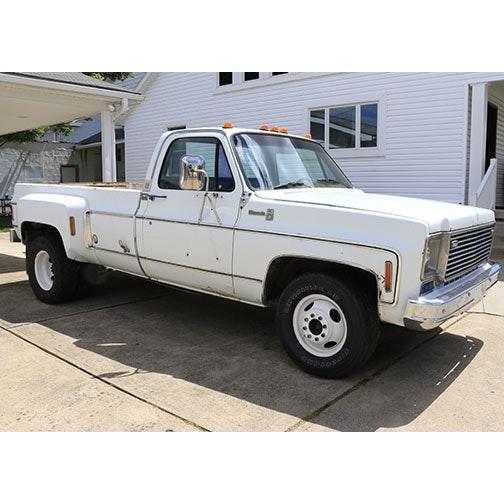 """1975 Chevrolet Silverado """"Camper Special"""""""