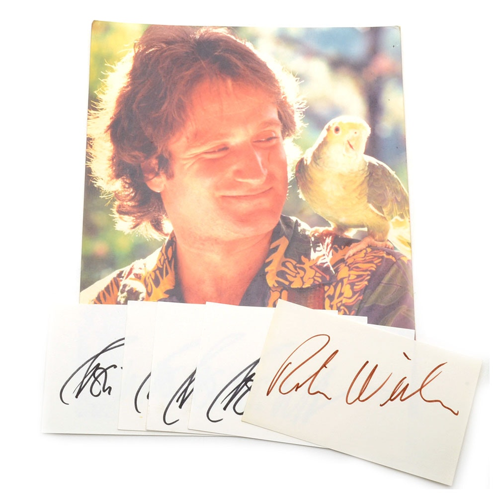 Comedian and Actor Robin Williams Signed Cuts Plus Color Photo