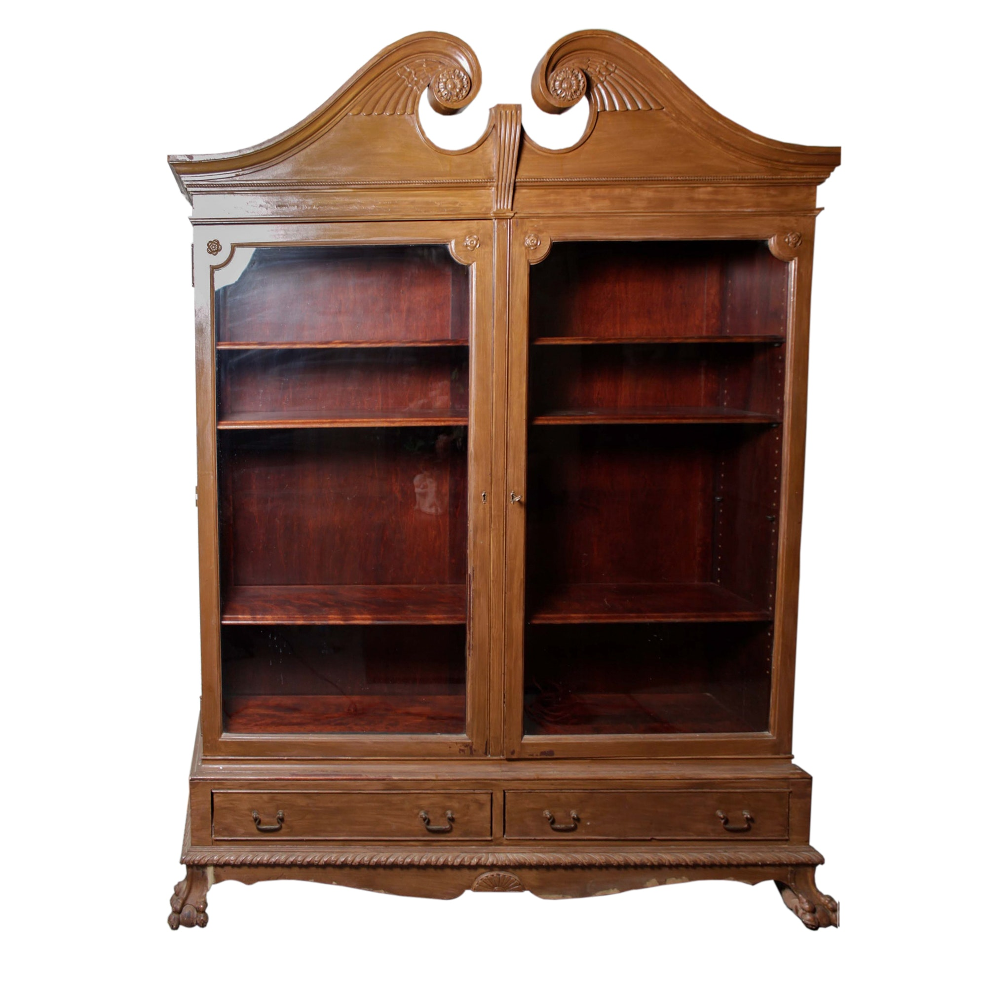 Early 20th Century Paine Furniture Chippendale Style Display Cabinet ...